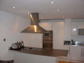 Modern, stylish 2 bedroom flat in London's Waterloo, Londres