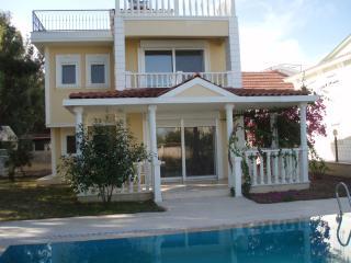 Sunshine Villa's
