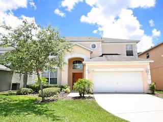 Spacious 6 Bed Pool Home Close to Disney, Kissimmee