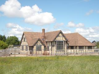 FLETCHERS Hall 6 beds,6 baths&pool, set in 7 acres, Lytham St Anne