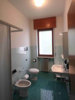 Bathroom with shower unit