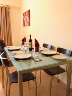 The dining area with designer furnishing