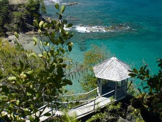 Smugglers Nest - Ocean Front - 2 bedrooms, Cap Estate