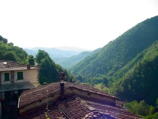 Italy long term rental in Tuscany, Pescaglia Valley