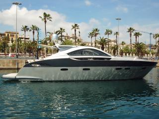 Max Yacht, Barcelona
