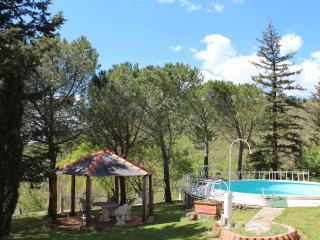 Amazing Family Villa with Pool, Castiglion Fibocchi