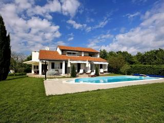 Villa Magnolia with pool for 6-8 persons Porec, Nova Vas