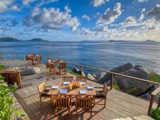 Baraka Point - Beach Front - 5 Bedrooms, Nail Bay