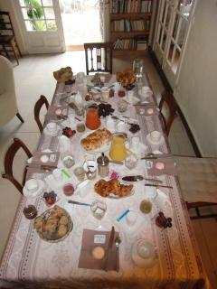 Table pour 8 à 10, Villa Magnolia