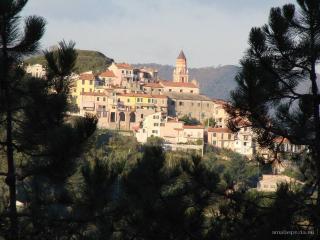 Casa in borgo antico ligure, Piano di Follo