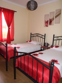 Twin bedroom house Sapatinho