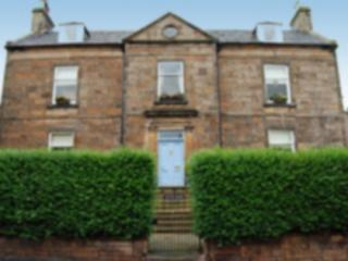 Boyne House 2 bedroom Apartment in Central Forres
