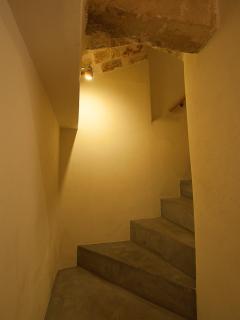 Scala tra 1° e 2° piano