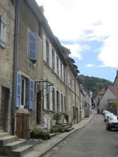 La rue du Theatre