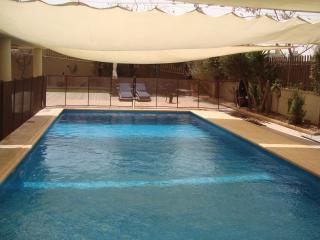Sea Front Luxury Pool Apt- E, Ashdod