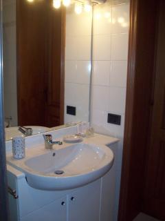 Il bagno privato della CAMERA MARGHERITA