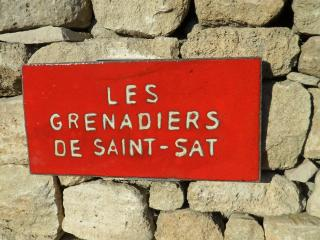 Les Grenadiers de Saint Sat La Restanque, Saint-Saturnin-les-Apt