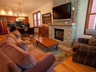 524 W. Pacific - Ideally located downtown Telluride home for 8 guests