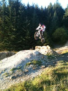 Mountain biking mecca Coed Y Brenin is a short drive away with stunning walks & class bike trail