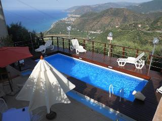 Holidays in Sicily - Villa Rosi, Capo d'Orlando