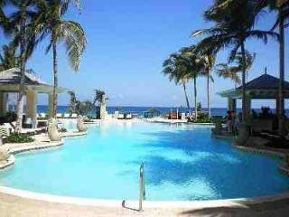 Beautiful Luxury 1 BDRM Condo, Montego Bay