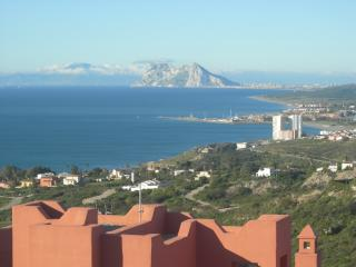 3 bedroom townhouse with sea view and shared pool - Punta Chullera, Sabinillas