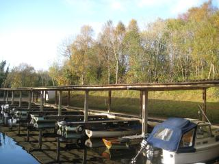 There are two marinas on site. Boats, engines and kayaks are all available for rent