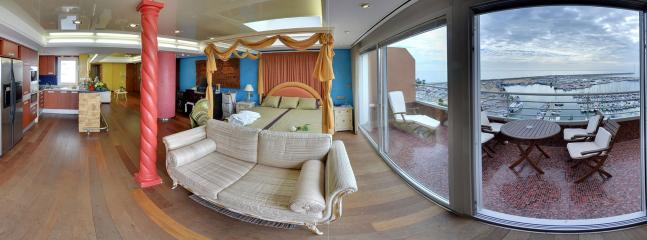 The penthouse comfortably caters for 2 guests & has everything required for a comfortable holiday.