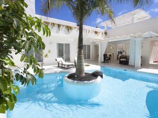 Bahiazul Premier Garden Villa 3 bedrooms, Corralejo