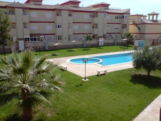 Lovely Townhouse & Pool area, WIFI, Sleeps up to 6, San Pedro del Pinatar