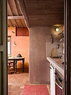Kitchen corner and round table
