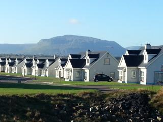 Portbeg Holiday Homes semi, Bundoran