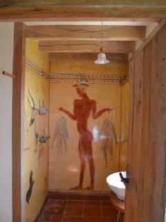 Minoan wet room