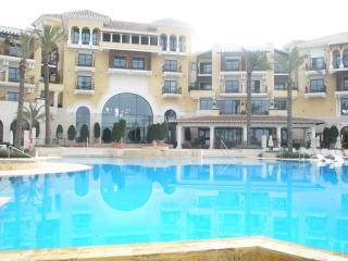 Spacious 4 Bed Villa on the Mar Menor Golf Resort with private pool nr. La Manga