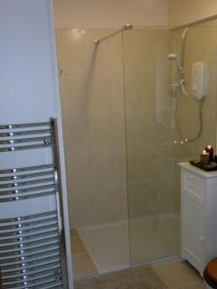 Modern Shower Room - All towels provided