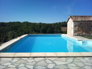 Paradise in 98 acres, with private pool - perfect!