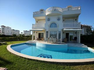 Villa Helios, Early Booking %!