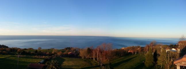 Vistas directas al mar y la costa cantábrica desde la casa