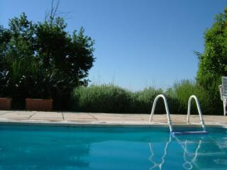 Maison Haute an ideal location for golf and wine and discover Bordeaux