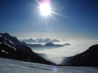 appartement ski aux pieds des pistes,vue Lac Léman, Thollon-les-Memises