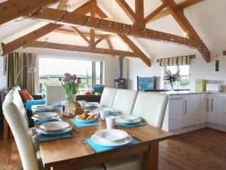 Five Star Luxury Cottage, sleeps seven, Bude.