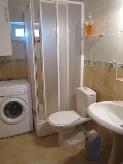 WC with cabin shower