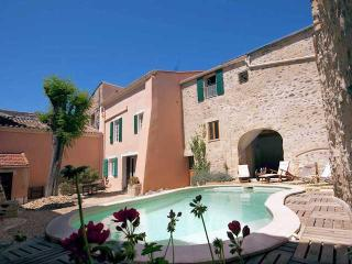 Maison Caux - Holiday home in France, Near Pezenas with private pool