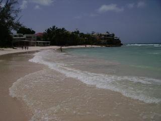 Rockley beach - 5 minute walk