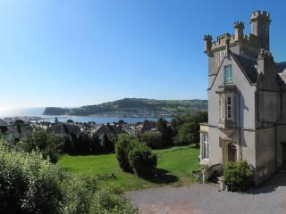 Beautiful 'Castle' with amazing sea views, family and pet friendly!