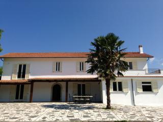 Villa Sabatini, Atina