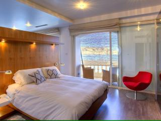 Deluxe Master Bedroom with superb views