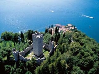 Gorgeous apartment with view on Lake Como