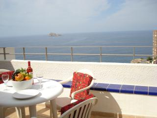 Apartment Dorada with amazing sea, beach and Island views, located in Benidorm