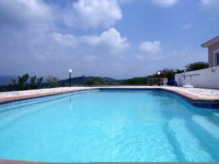 Villa Faros, Stroumbi